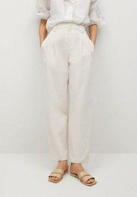 Mango - MINT - Spodnie materiałowe - ecru - 0