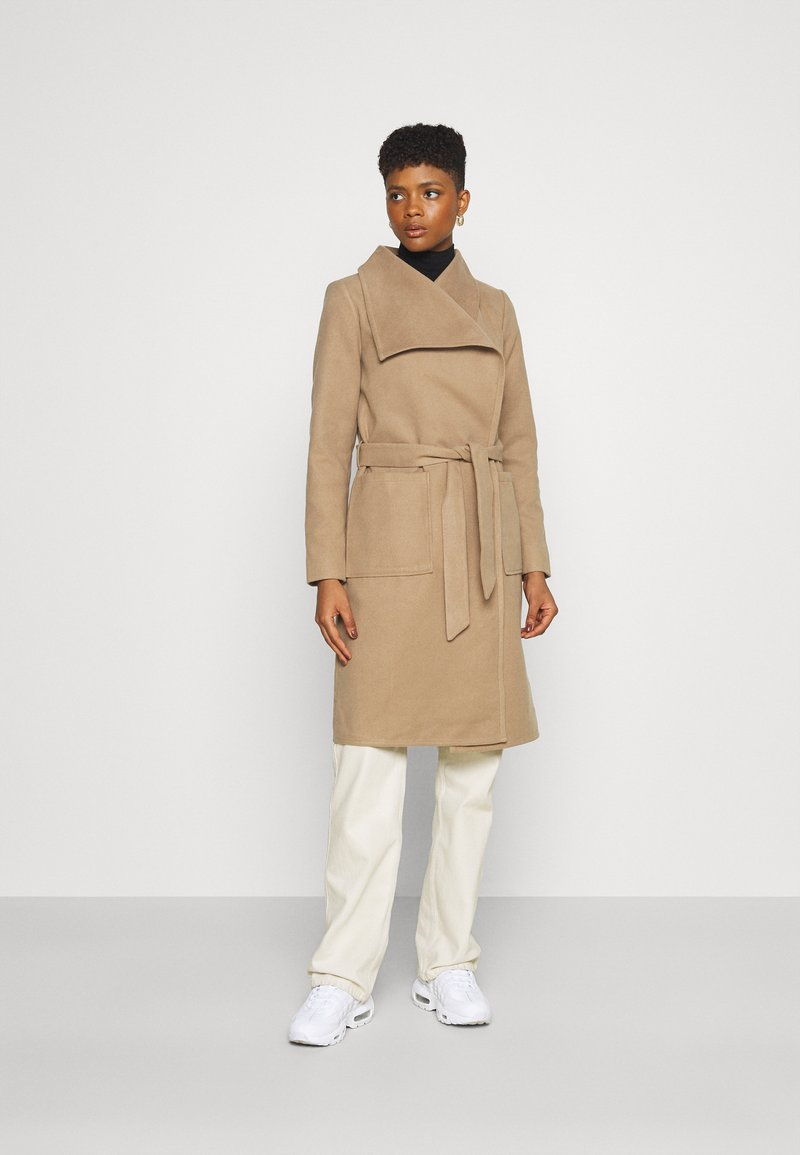 ONLY - ONLNEWPHOEBE DRAPY COAT - Classic coat - camel