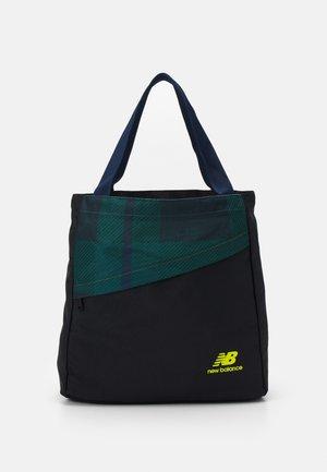 ESSENTIALS TOTE UNISEX - Shopping bag - nightwatch green