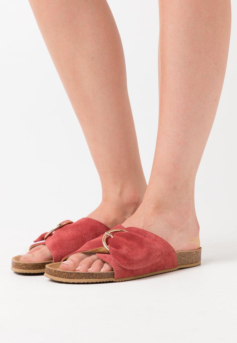 Zign - Domácí obuv - copper