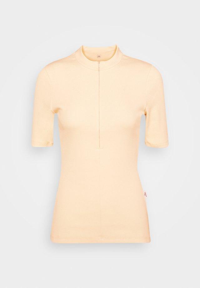 EDEN - Jednoduché triko - seedpearl white