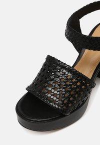 Minelli - Korkeakorkoiset sandaalit - noir - 7