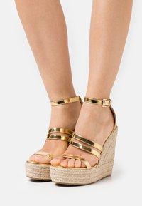 BEBO - MIRELLE - Platform sandals - gold - 0