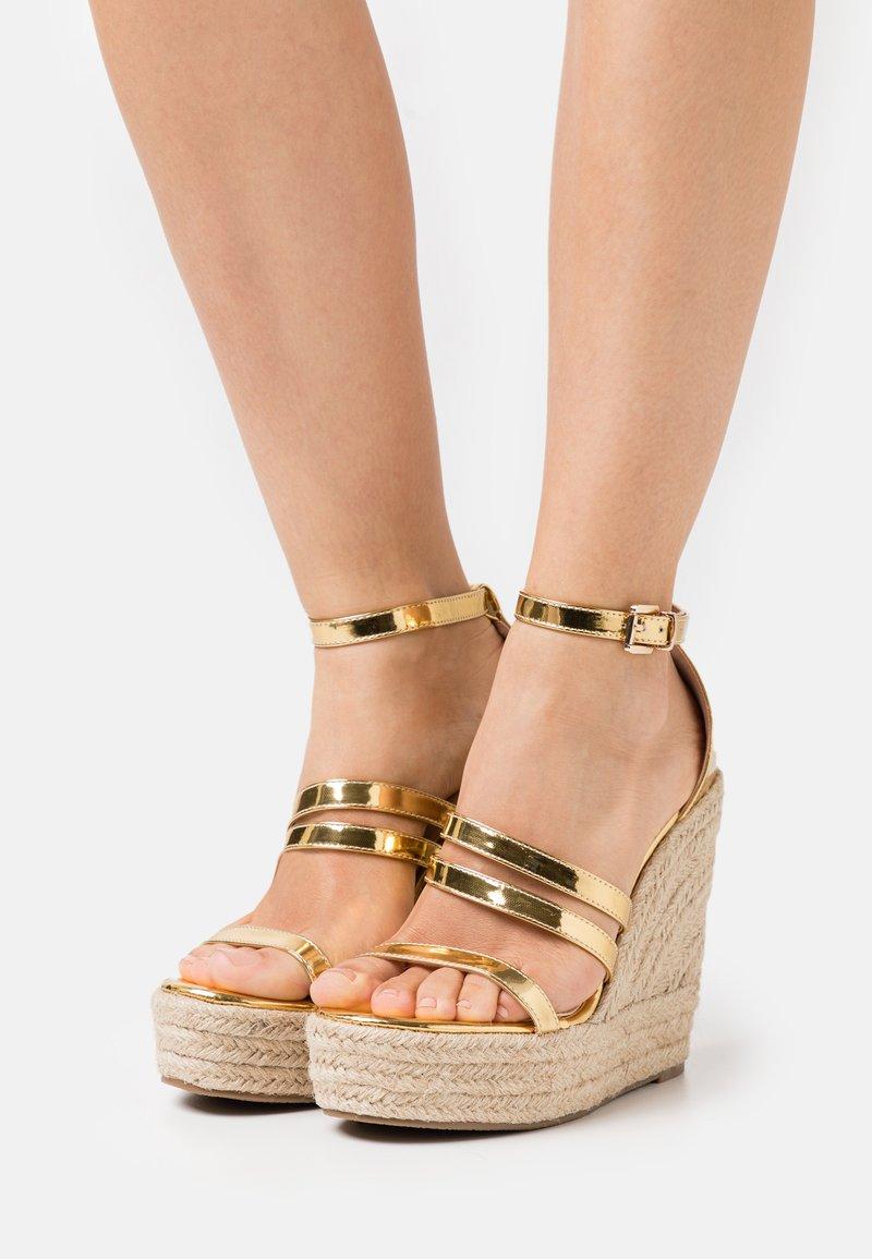 BEBO - MIRELLE - Platform sandals - gold