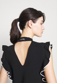 KARL LAGERFELD - COLORBLOCK RUFFLE CROP - Print T-shirt - black - 7