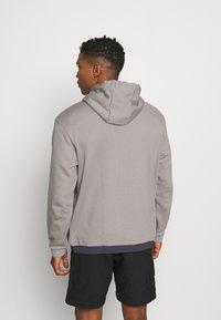 adidas Originals - ARCH HOOD - Sweatshirts - dove grey/solid grey - 2