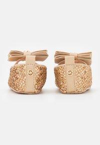 MICHAEL Michael Kors - BABY DAY - Babyschoenen - rose glitter - 2