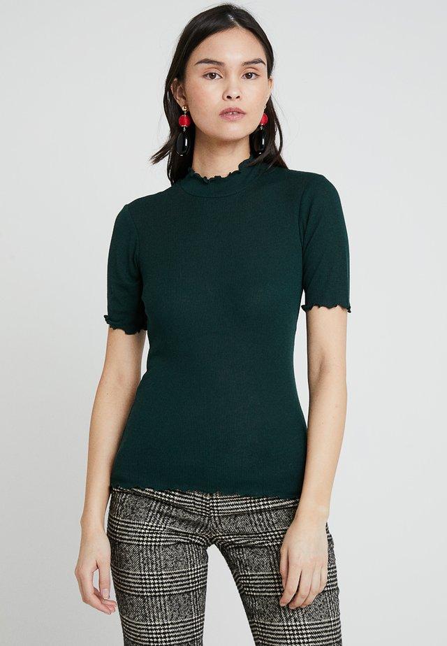 NELLI - T-shirt con stampa - scarab