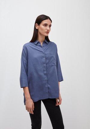 CASSANDRAA - Button-down blouse - blue indigo