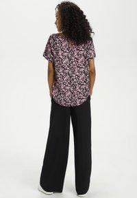 Kaffe - KAGARDANA  - Print T-shirt - candy pink / grape leaf flower - 2