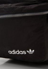 adidas Originals - MODERN UNISEX - Sac à dos - black - 3