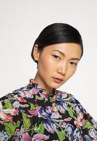 Hofmann Copenhagen - JEANET - Button-down blouse - black - 4