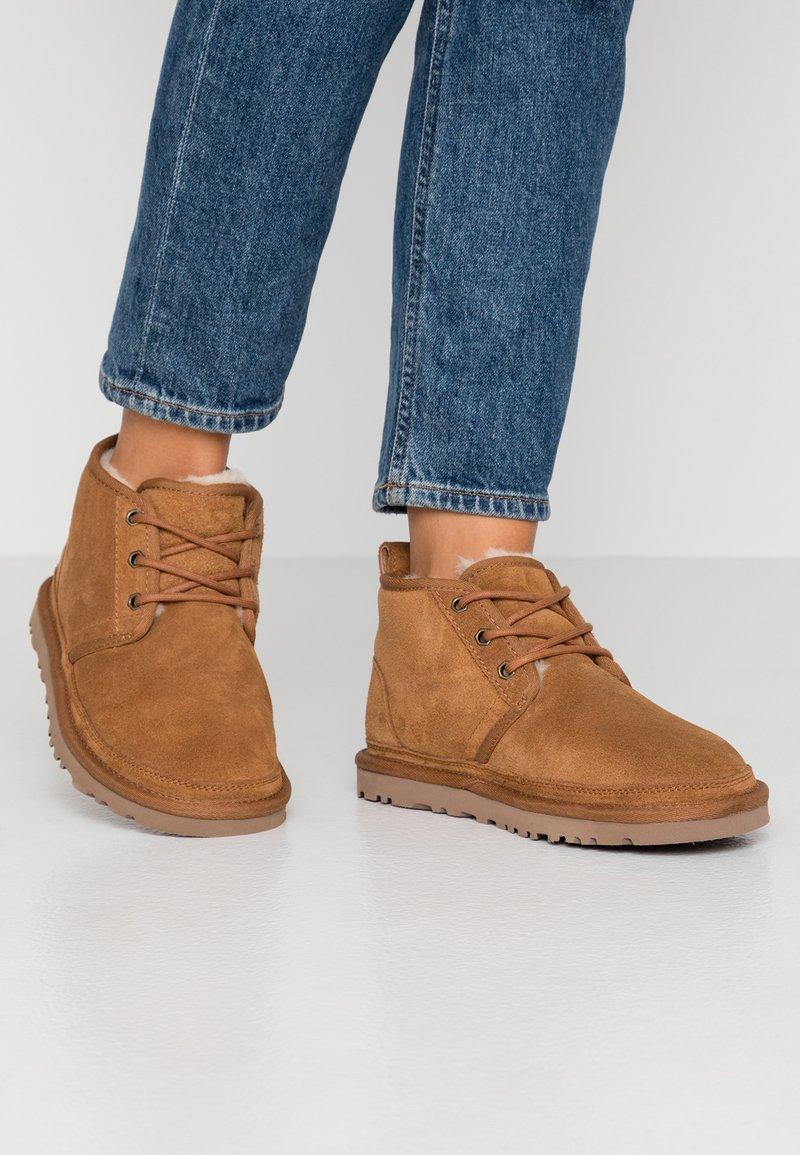 UGG - NEUMEL - Ankle boot - chestnut