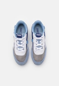 Puma - FUTURE RIDER FIREWORKS - Matalavartiset tennarit - elektro blue/white - 3