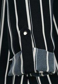 Laura Kent - Blouse - marineblau,weiß - 8
