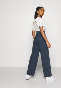 Weekday - ACE - Flared Jeans - river black - 3