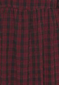 New Look Tall - CHECK SEERSUCKER SMOCK MIDI - Day dress - red pattern - 5