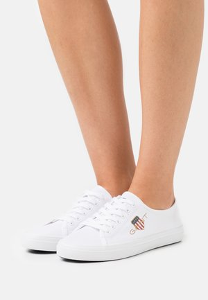 PILLOX  - Trainers - bright white