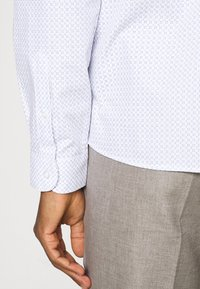 Shelby & Sons - RUTHIN SHIRT - Formal shirt - white - 4