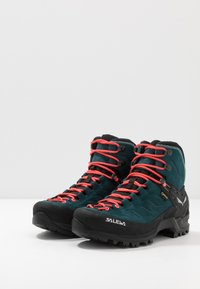 Salewa - MTN TRAINER MID GTX - Hiking shoes - atlantic deep/ombre blue - 2