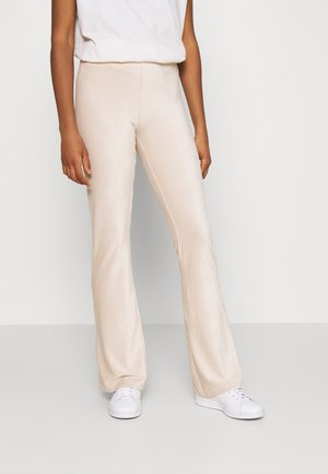 ONLLOTTA FLARED PANT  - Trousers - birch