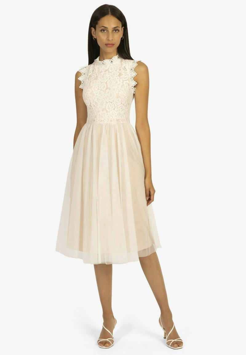 Apart - Cocktail dress / Party dress - weiß