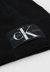 Calvin Klein Jeans - BASIC MEN BEANIE - Huer - black - 4