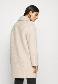Marc O'Polo - COAT CURLY LOOSE FIT WIDE REVERS - Cappotto classico - alpaca melange - 2