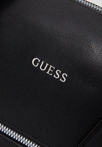 Guess - SCALA BRIEFCASE UNISEX - Briefcase - black - 4