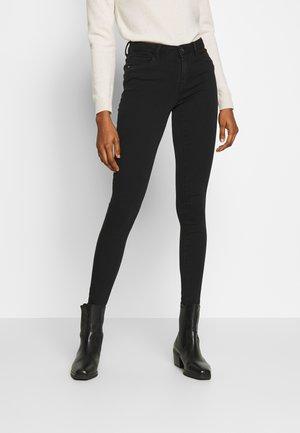 ONLHELLA - Jeans Skinny Fit - black