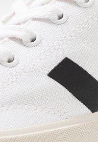 Veja - NOVA - Baskets basses - white/black - 2