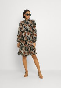 ONLY - ONLMIA SMOCK DRESS - Kjole - black - 1
