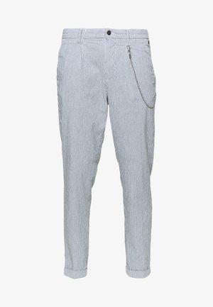 JJIACE JJMILTON  - Trousers - light blue