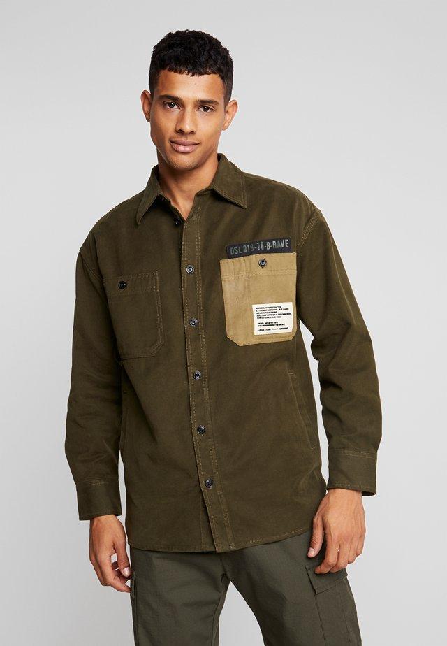 LEBED SHIRT - Camicia - khaki