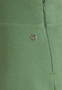 TOM TAILOR DENIM - STRUCTURED SKIRT - A-line skirt - vintage green - 2