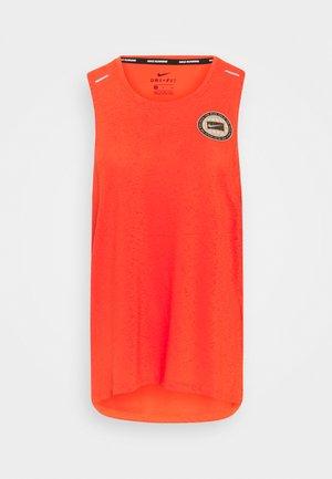 MILER TANK - Camiseta de deporte - team orange/gelati/reflective silver
