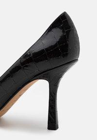 Pura Lopez - High heels - metal black - 6