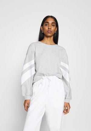 ONLJOSSA SPORTY - Sweatshirt - light grey melange