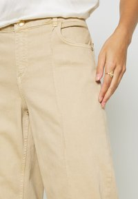 Mos Mosh - CORA - Relaxed fit jeans - safari - 5