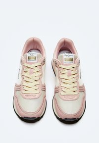 Pepe Jeans - DOVER BASS - Trainers - face - 1
