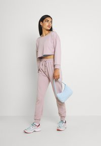 Missguided - COORD OFF THE SHOULDER SET - Tracksuit - lilac - 1