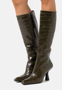 Jeffrey Campbell - HUXTABLE - Vysoká obuv - khaki/stone - 0