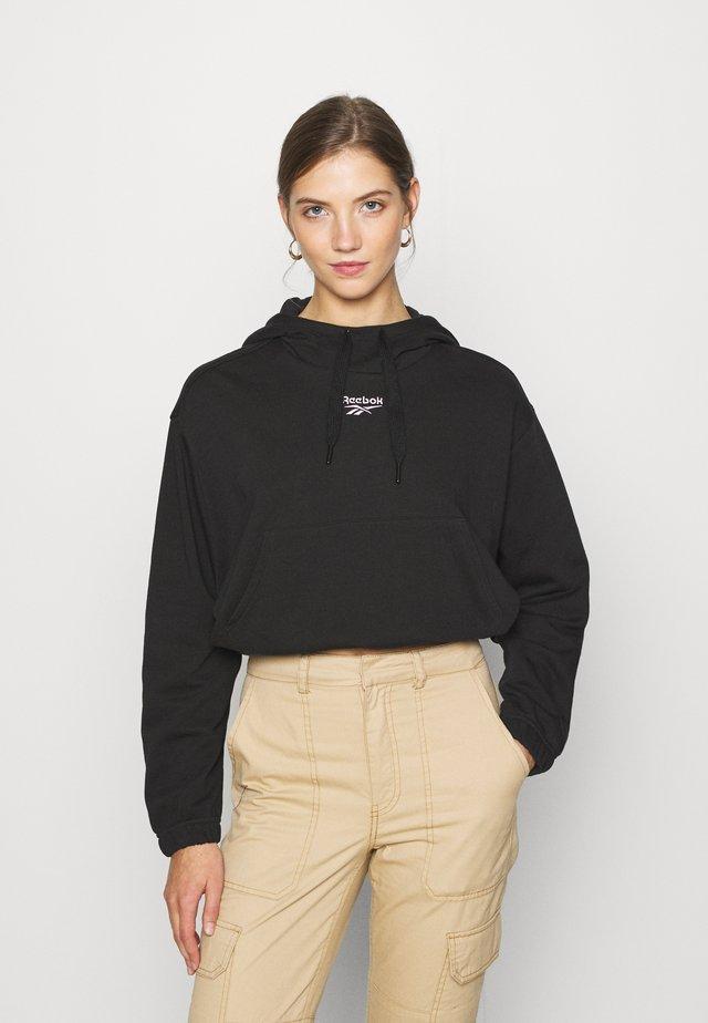 CROP HOODIE - Bluza z kapturem - white/black