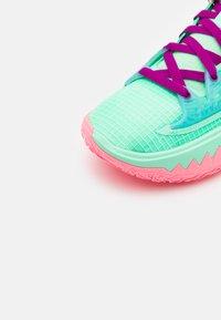 Nike Performance - KYRIE LOW 4 - Basketball shoes - green glow/atomic orange/red plum/metallic gold/sunset pulse - 5