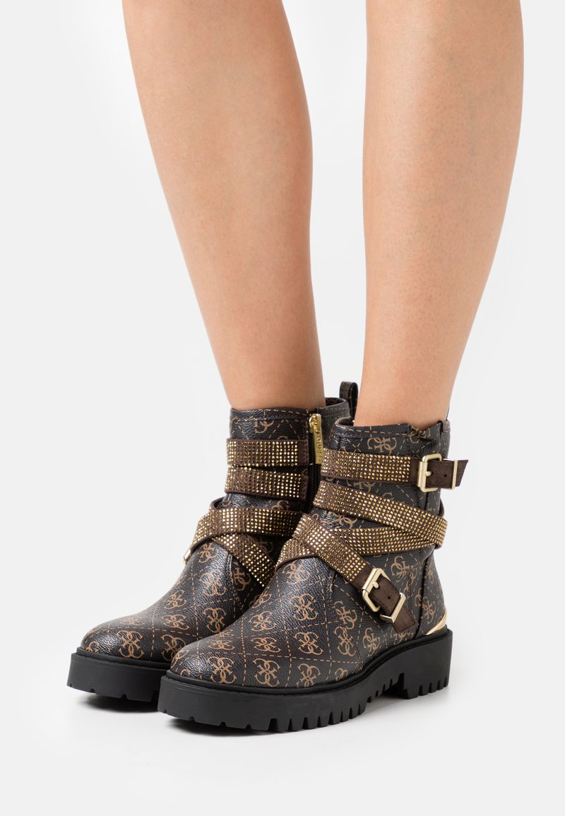 Guess - ORNINA - Cowboy/biker ankle boot - brown