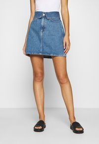 Calvin Klein Jeans - HIGH RISE MINI SKIRT - Denim skirt - blue denim - 0