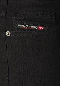 Diesel - LUSTER - Džíny Slim Fit - black - 4