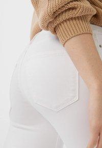 Stradivarius - BASIC - Jeans Skinny Fit - white - 3