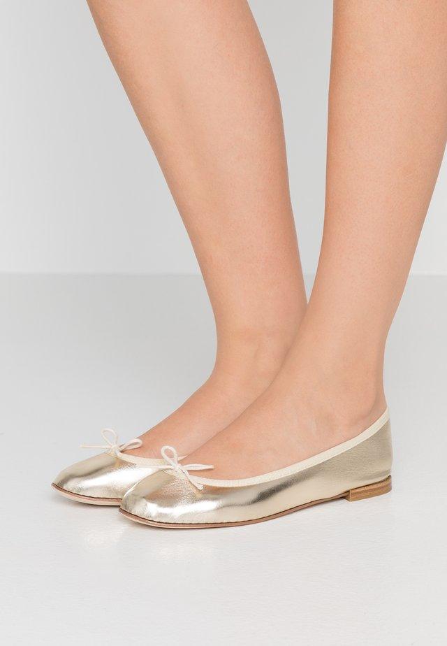 CENDRILLON - Klassischer  Ballerina - bulle