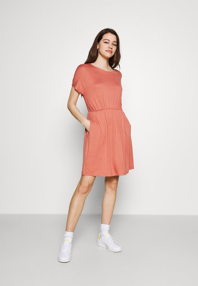 Sukienka letnia - canyon rose